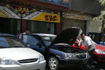 5 عوامل رئيسية لتأثر سوق السيارات في سوريةوتوقعات بانخفاض مرتقب